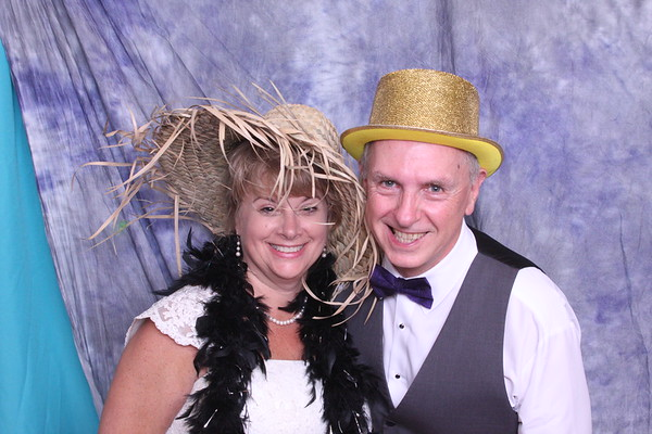 Janet & Richard, Lakeside Gardens, Photo Booth