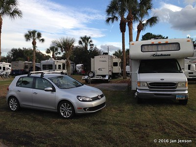 My spot at a HUGE RV resort near Sanford, FL  Temps in 80s during the day!