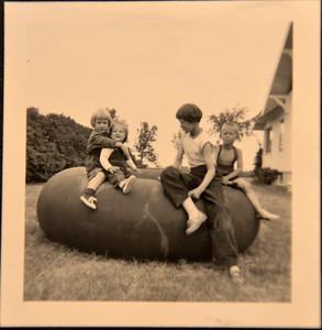 Patty Hill, Nancy Hill, Jan Robinson, Steve Robinson - Spring 1954