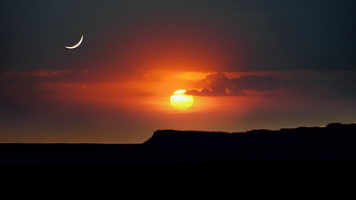 """""""Moonrise and Sunset, Kings Canyon, NT."""""""
