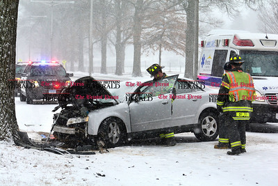 1/31/2017 Mike Orazzi | Staff The scene of a one car crash Westbound on Memorial Blvd. during Tuesday's snow storm.