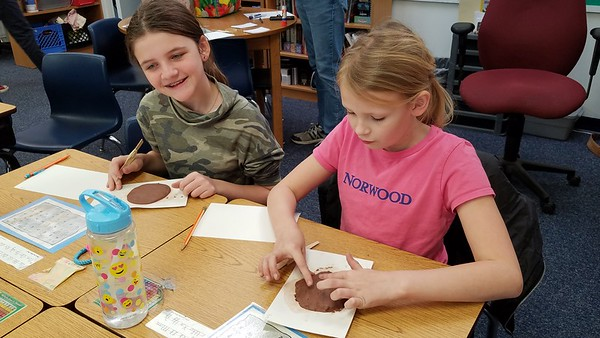 Fourth Graders Go Old School in Social Studies Class