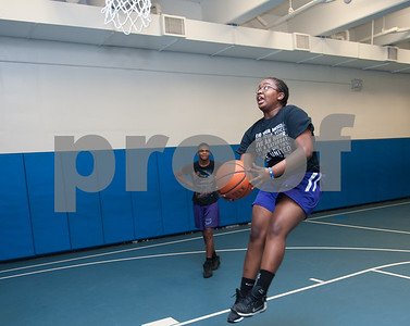 01/22/18  Wesley Bunnell | Staff  Toni Mills with the ball during a game of basketball against other high school age members of the New Britain Boys and Girls Club on Monday evening.