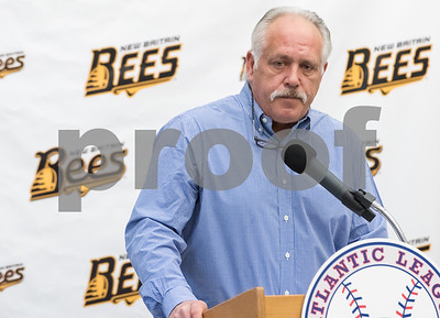 01/11/18  Wesley Bunnell | Staff  Former major leaguer Wally Backman was officially introduced as the 2nd New Britain Bees Manager on Thursday afternoon at New Britain City Hall.  Bees Manager Wally Beckman answers a question from a member of the media.