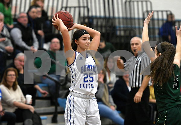 1/11/2018 Mike Orazzi | Staff Bristol Eastern's Sage Scarritt (25) during Thursday night's girls basketball game with Enfield at BE.