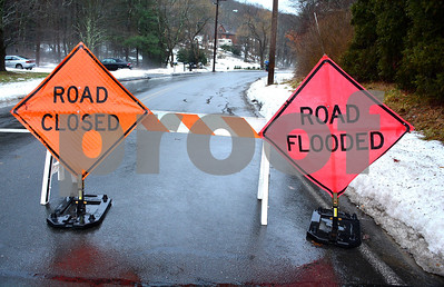 1/12/2018 Mike Orazzi   Staff A flooding issue on Old Waterbury Road in Plymouth during Friday's rain storm.