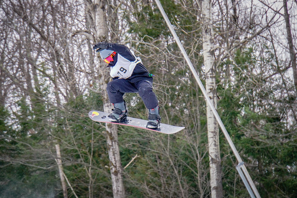 Snowboarding Team Races at Mt. Sunapee