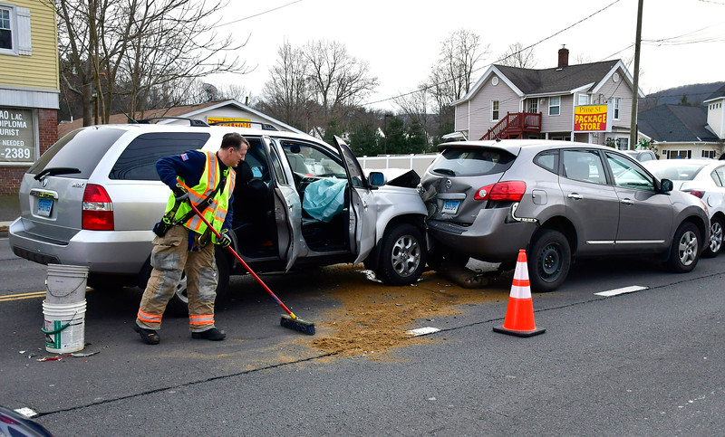 1/4/2019 Mike Orazzi | Staff No injuries were reported after a four-car crash on Pine Street near Bob's Sports Chalet in Bristol Friday.