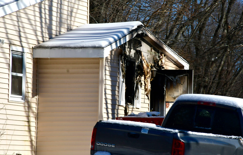 1/22/2019 Mike Orazzi | Staff The scene of an overnight fire on East Summer Street in Southington.