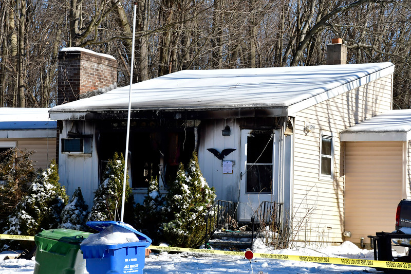 1/22/2019 Mike Orazzi   Staff The scene of an overnight fire on East Summer Street in Southington.