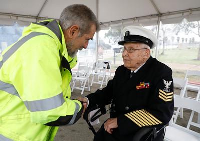 Robert Almquist, WW II veteran to visit the mast of the USS Oakland