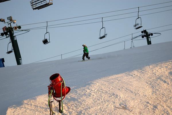 3/13/09 Jonas and Samuel snowboarding at Pine Knob