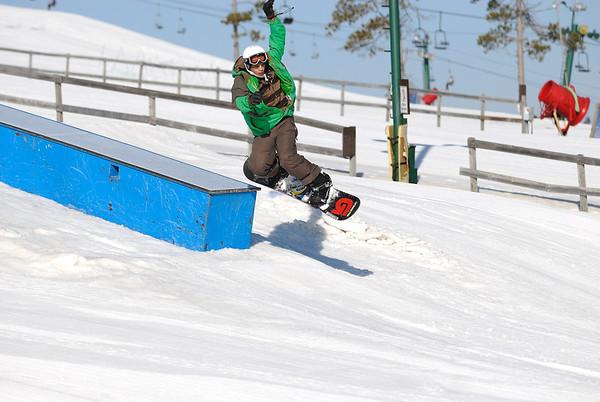 3/15/09 Jonas Snowboarding at Pine Knob