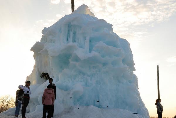 3/16/09 Belle Isle Ice Tree