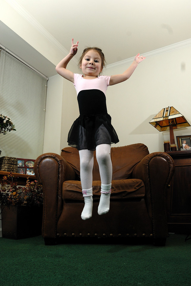 3/3/09 Madeline doing ballet and jumping