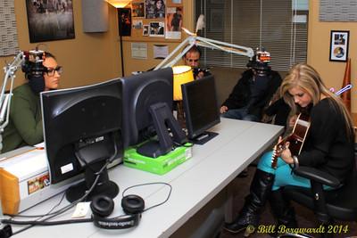 Lindsay Ell in CFWE studios with Arlysse Wuttunnee