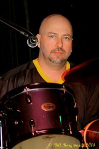 Joey Mcintyre - Eagles Last Resort at LBs 099