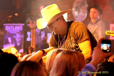 Aaron Pritchett - Outlaws & Outsiders at Cook County Saloon