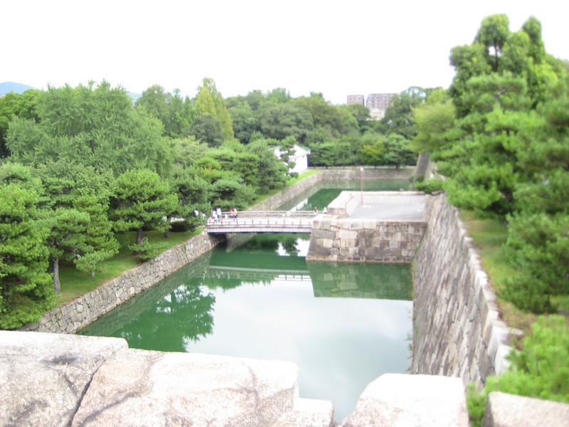 Looking out across the back of the moat. Shortly, we would descend the stairs and make our way to this bridge, called the West Bridge, to exit the Honmaru Palace complex and start to make our way back to the main Ninomaru Castle complex