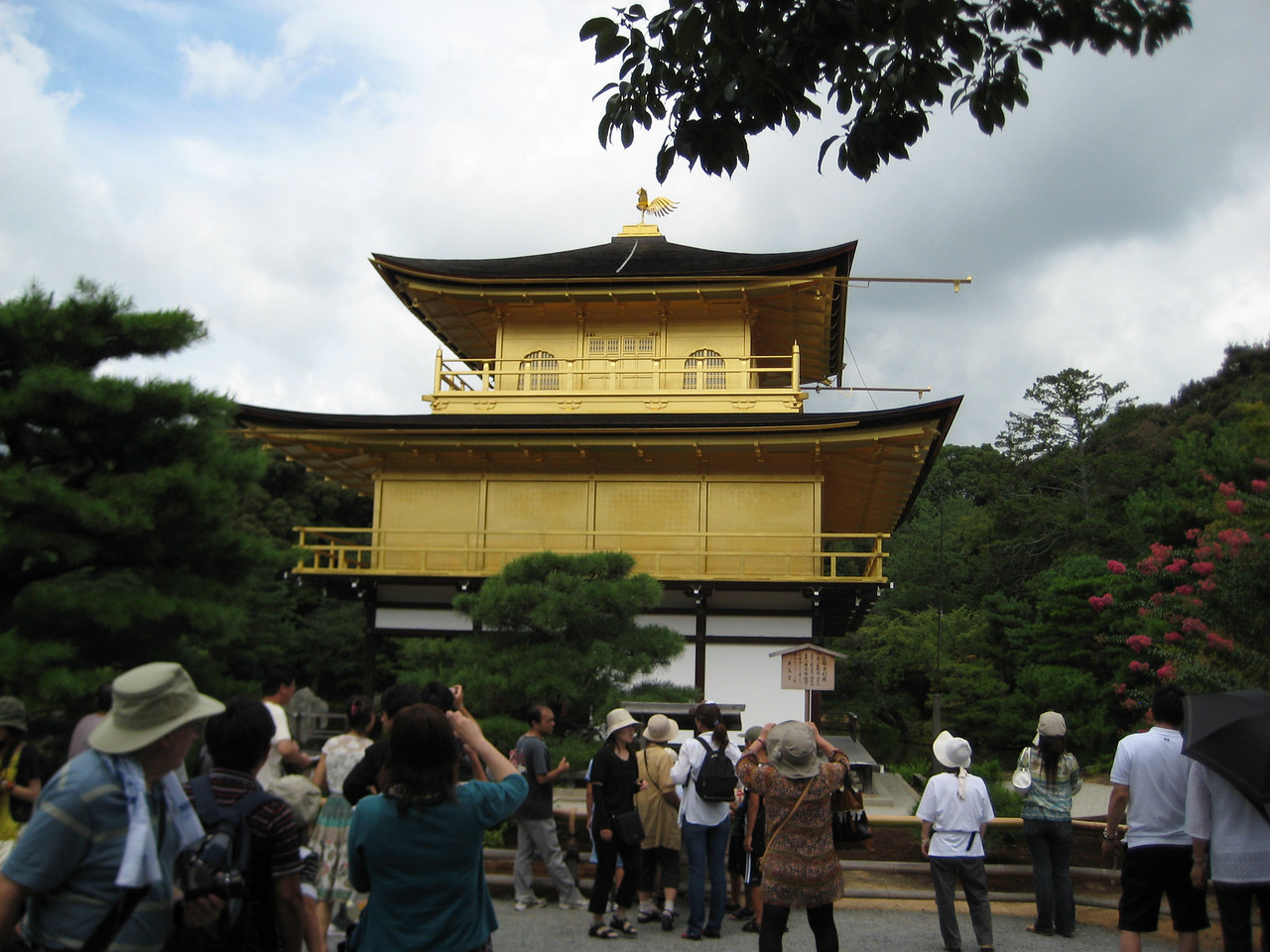 Following the death of Yoshimitsu, the site was rededicated as a Zen temple by his son in accordance with his father's wishes.