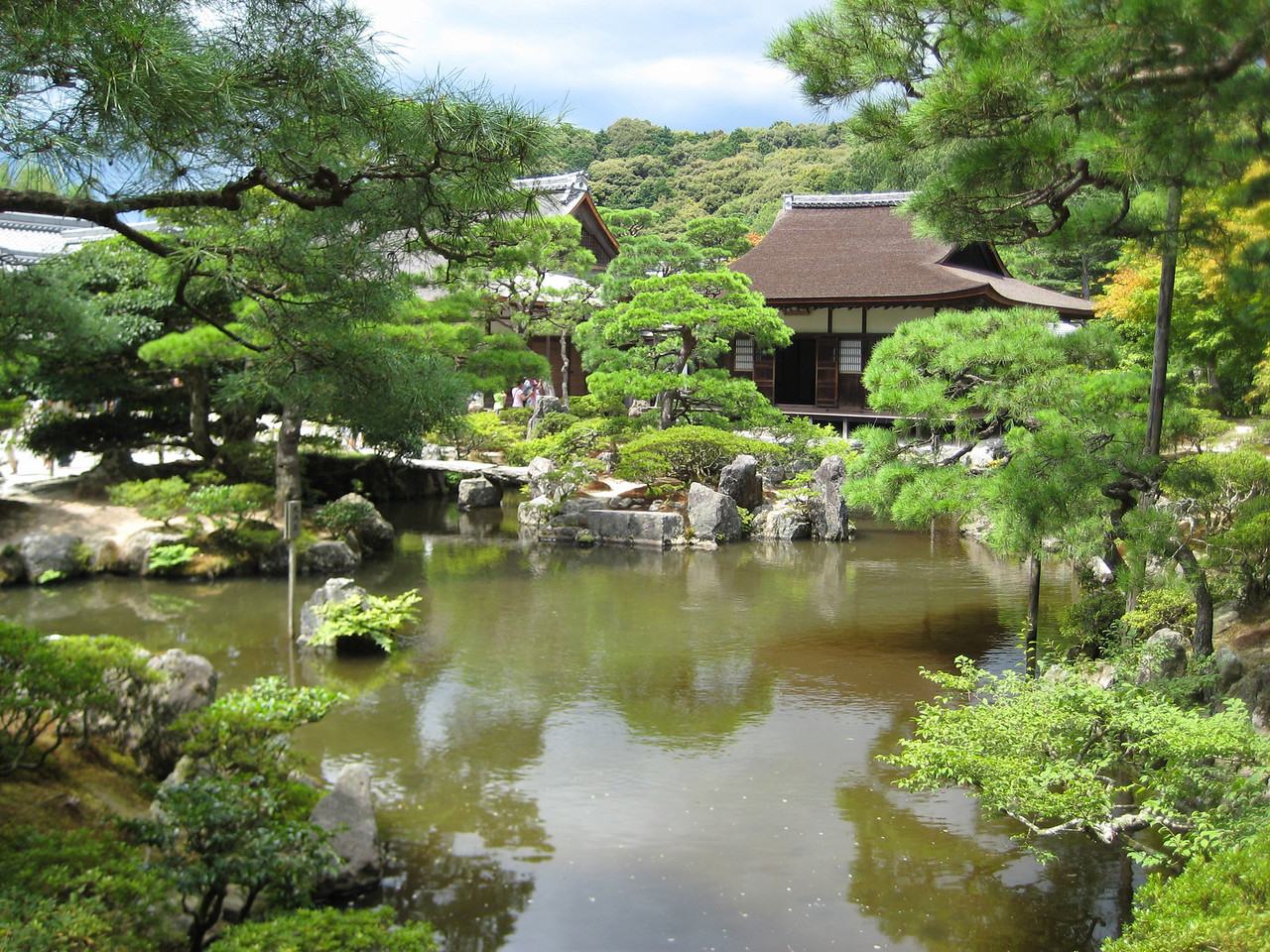 A view over the Brocade Mirror Pond (Kinkyo-chi)