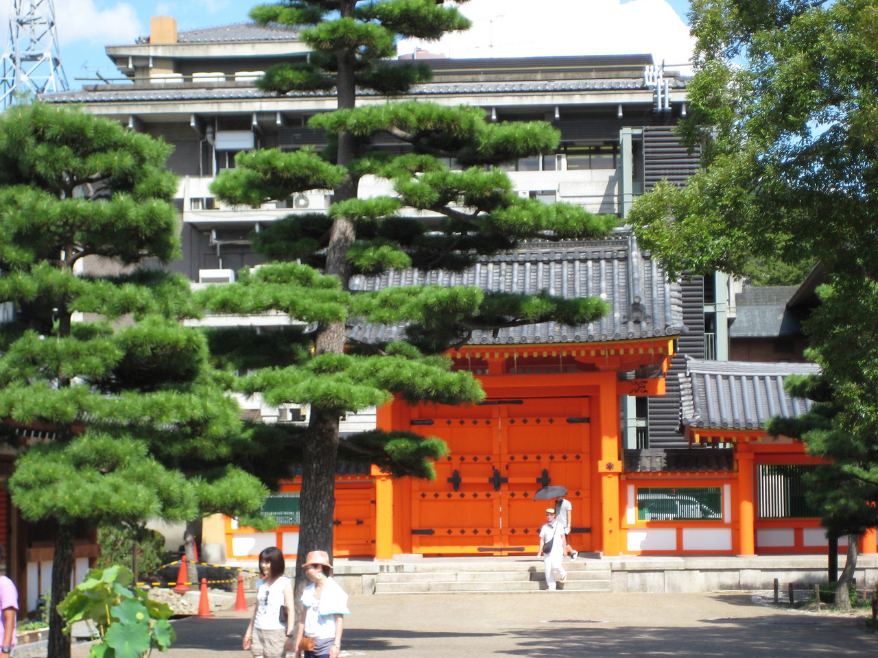 The Kamakura-style east gate of the temple is a recent addition