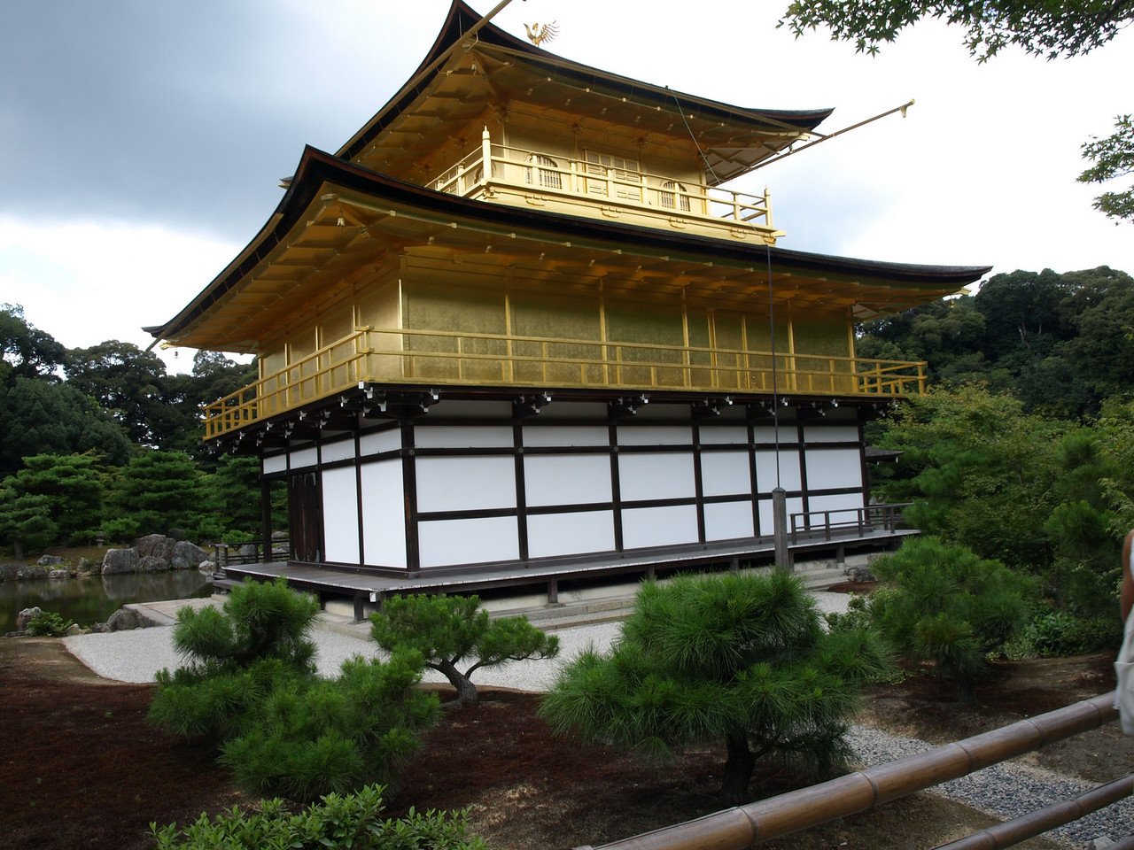 The shogun's wish was to cover the entire building in gold leaf, but was only able to cover the ceiling of the third floor. When the structure was rebuilt after it was burned down by a young student monk in 1955, the top two floors were covered in gold leaf to honor the shogun's wish.