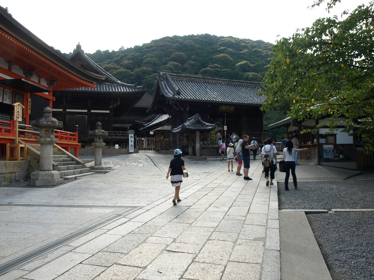 Ahead of us is Todoroki-Mon, the Middle gate resounding the call to the Buddha's Teachings. To the left is Kaisan-Do, the Founder's Hall