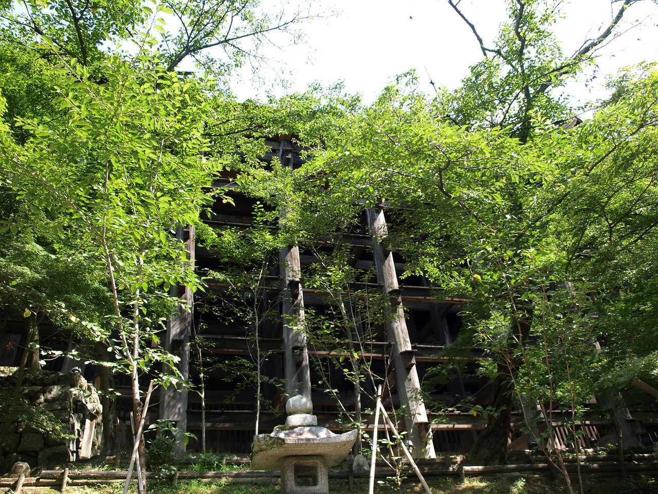 A view of the main hall from the bottom showing the stilts.