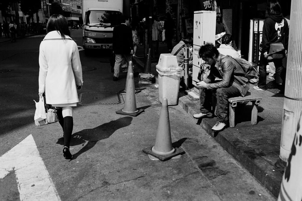 Tokyo, Shinjuku<br /> March 2008<br /> <br /> Kodak Tri-X 400, EI 800