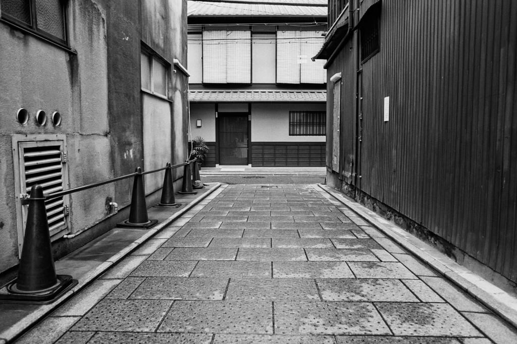 Kyoto, March 2009 <br /> Tri-X 400, 7NE