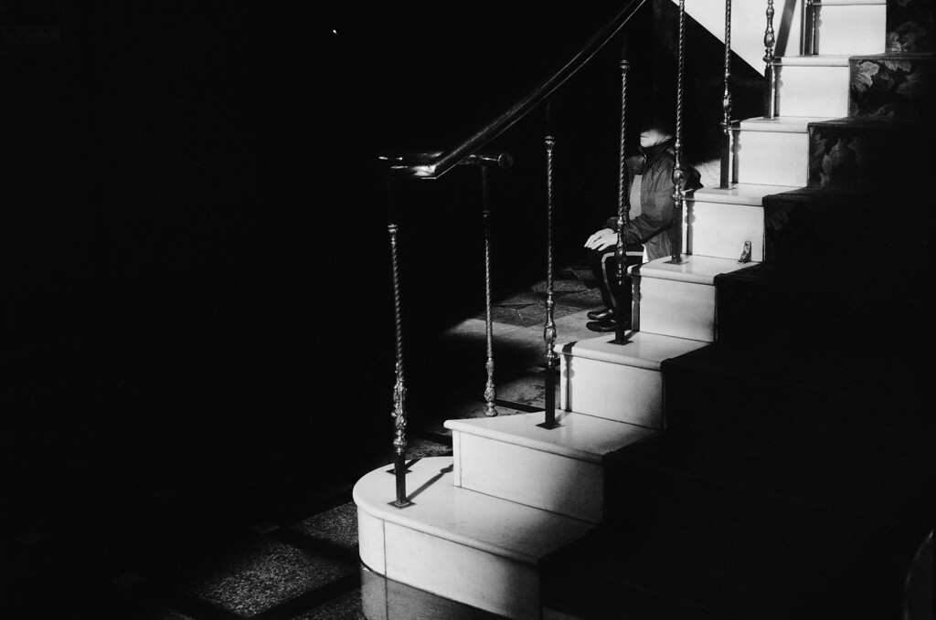 Tokyo, Kabuki-chou<br /> December 2008<br /> <br /> Ilford FP4 Plus 125, iiif