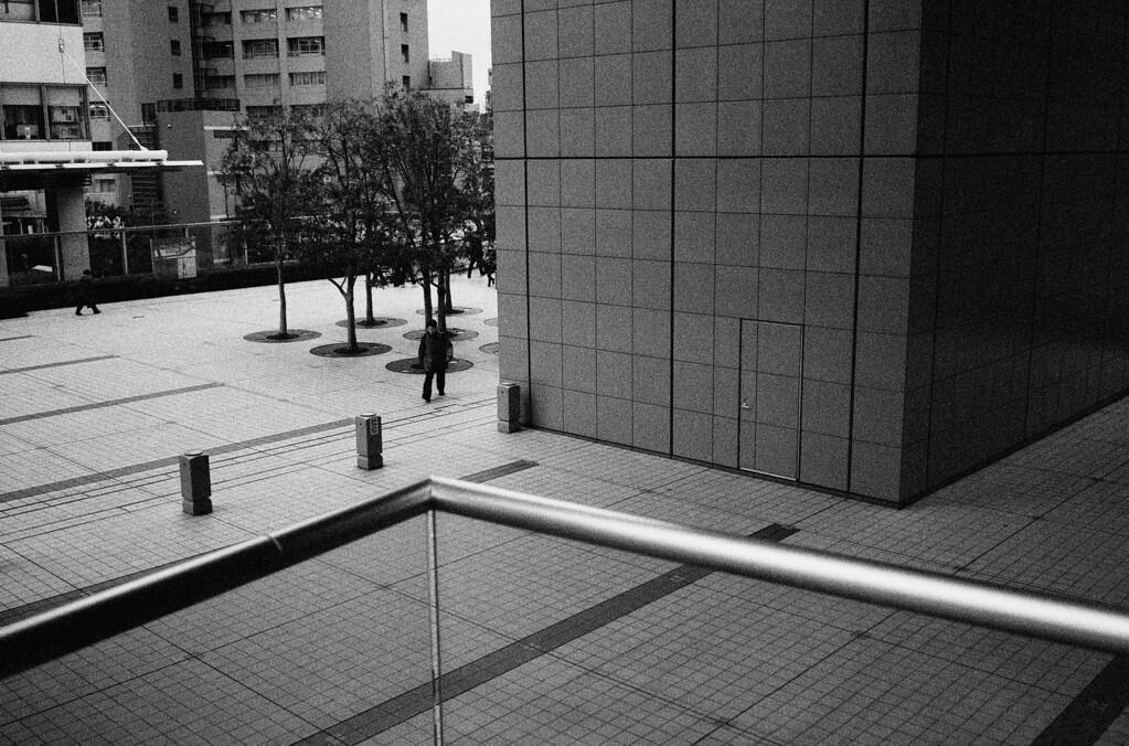 Tokyo, Yoyogi <br /> January 2009 <br /> <br /> Ilford Delta 3200, R2M