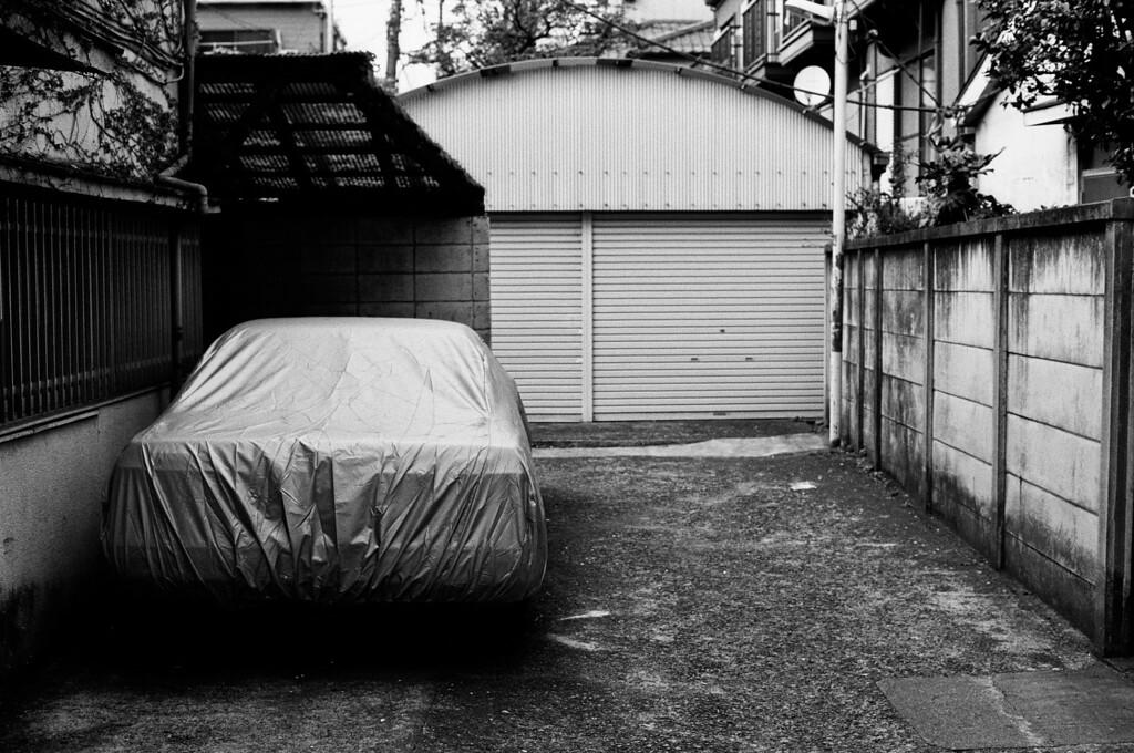 Tokyo, Okubo <br /> April 2009 <br /> <br /> Tri-X 400, 7NE