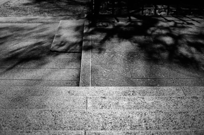 Tokyo, Kabuki-chou <br /> April 2009 <br /> <br /> Ilford Delta 3200, R2M