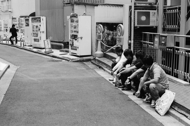 Tokyo, Shibuya <br /> June 2009 <br /> <br /> Tri-X 800, FM2