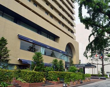 Checking in to the Hotel Monterrey, Yokohama