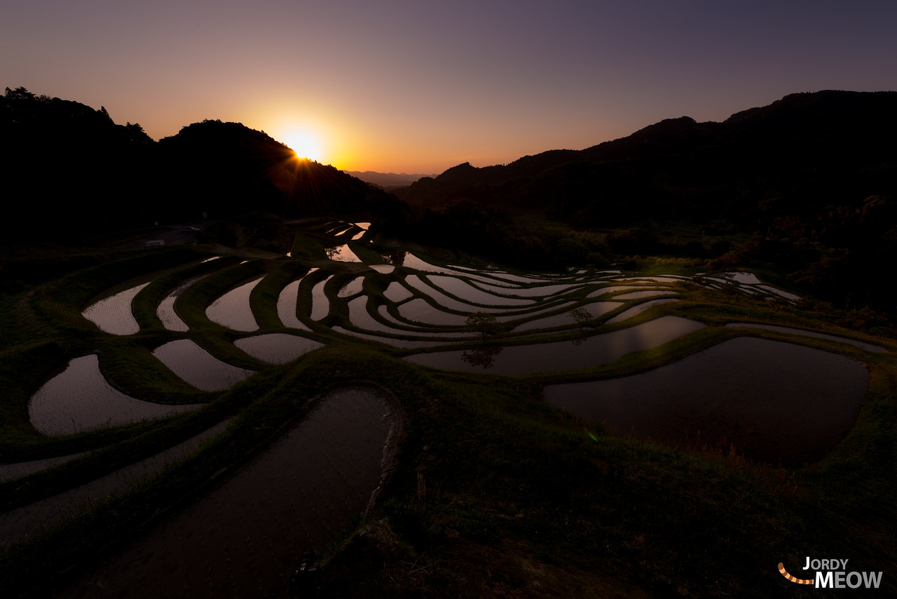 Sunrise at the Oyama Rice Terraces at Senmaida.