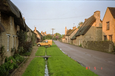 The main street through the village of Stoford.  This view is just up the street from the Old Swan Inn.  These lovely thatched roofed cottages are similar to those in other villages throughout the Cotswolds section of England.