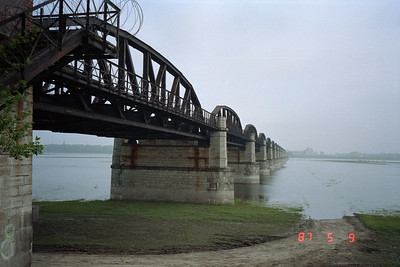 View of the bridge formerly connecting to the DDR.