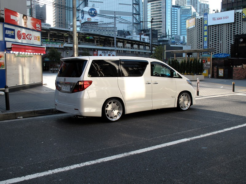 For all you minivan haters... hehe...