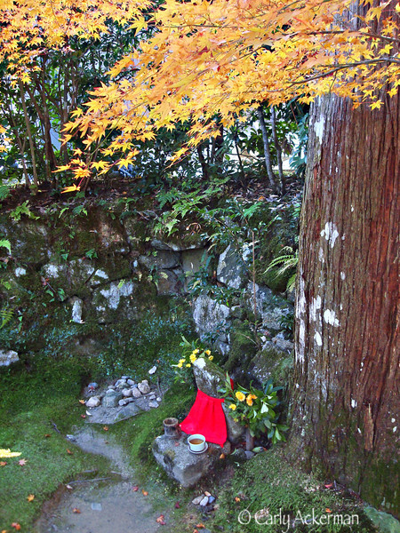 Jizo in Autumn