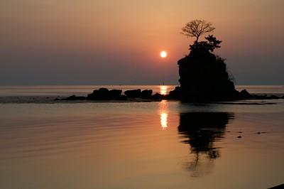 Sunrise at Himi 氷見