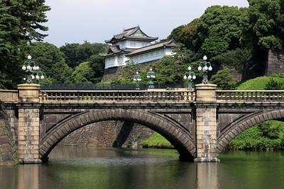 Meganebashi bridge and imperial palace, Tokyo