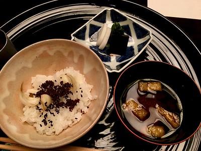御飯 Gohan - Rice mixed with lily bulbs and beef jerky, miso soup and pickles