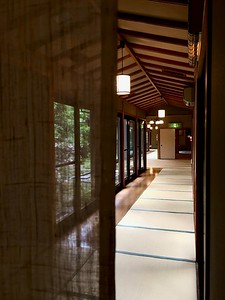 One of the many corridors offering privacy and space