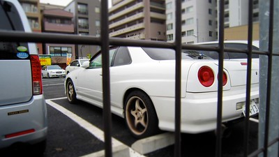 Gotta love the random Nissan Skylines