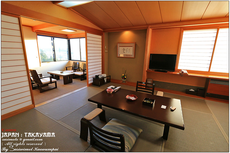 Our Japanese style room with 'tokono-ma', a built-in recessed space