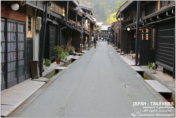 Takayama Old Town.. more than 300 years old but still well preserved