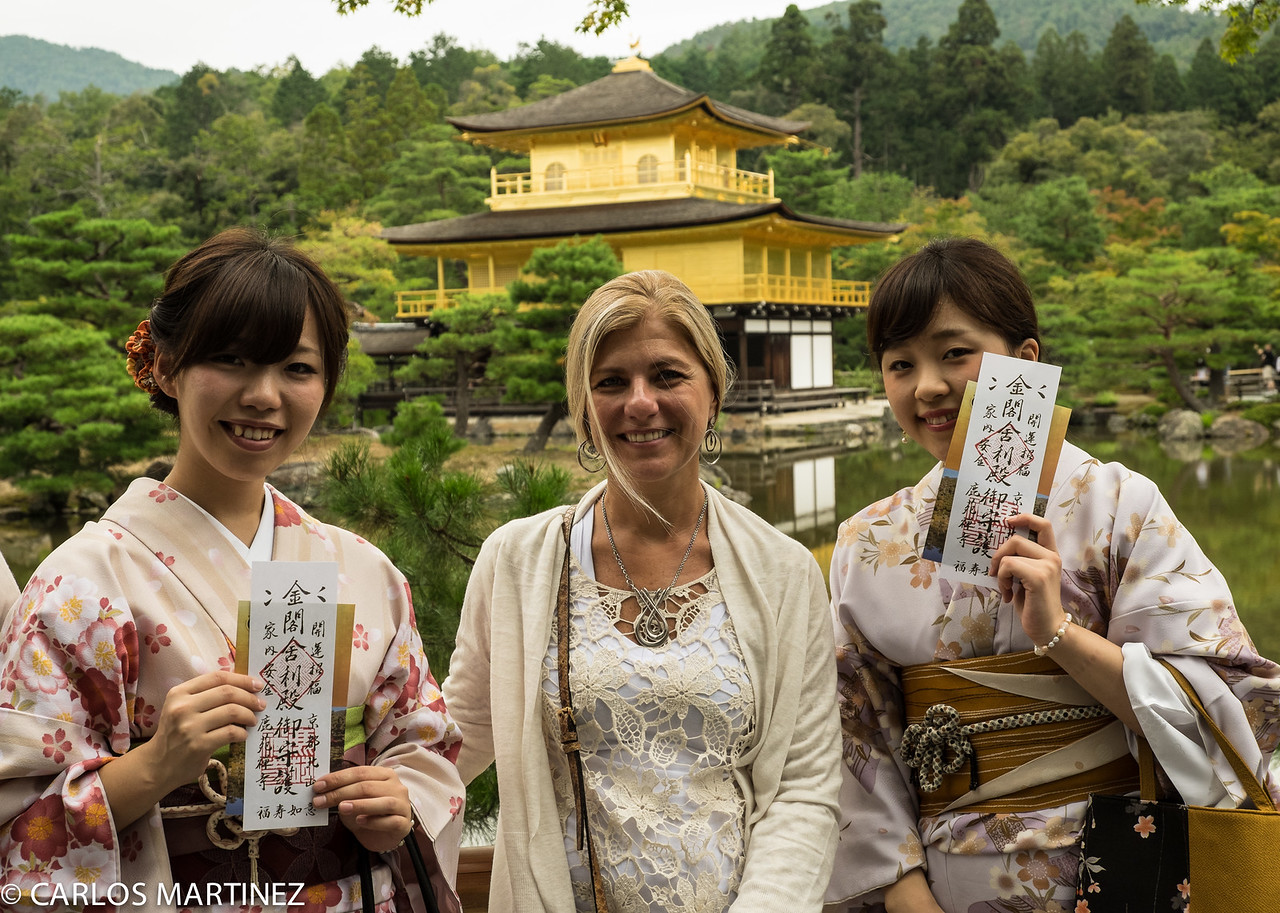 Japanese girls dressed in style with Floriana at Kinkaku-ji,